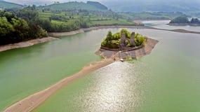 Gruyère de lac dans le canton de Fribourg, Suisse Photos stock