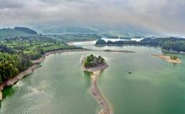Gruyère de lac dans le canton de Fribourg, Suisse Photos libres de droits