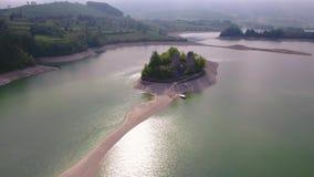 Gruyère de lac dans le canton de Fribourg, Suisse clips vidéos