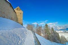 Gruyeres中世纪城堡墙壁  库存照片