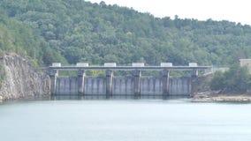 Gruzja, Carter jezioro, A zbliżający wewnątrz na spillway tamie na Carter jeziorze zbiory