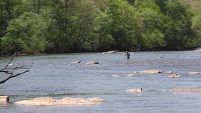 Gruzja, Jones mosta park, A rybaka połów po środku Chattahoochee rzeki zbiory