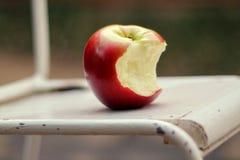 Gryźć jabłka Obraz Stock