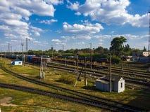 Gryazi, Россия - 12-ое августа 2018 Груз сортируя железнодорожный вокзал Gryazi-Волгоград юговосточной железной дороги Стоковые Изображения