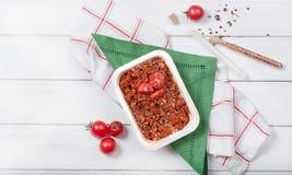 Gryczana owsianka z pomidorem Z pikantność i pikantność obrazy stock