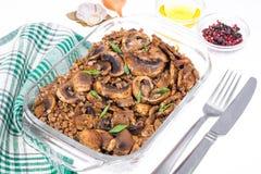Gryczany i żywienioniowy naczynie dla pościć obrazy royalty free