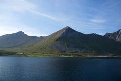 Gryllefjord, Senja, Noruega Fotos de archivo
