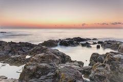 gryning exponerad rockhavssun Royaltyfri Fotografi