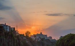 Gryning i den gamla staden av Tbilisi Arkivbild