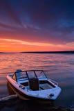 gryning lakeshore Royaltyfri Foto