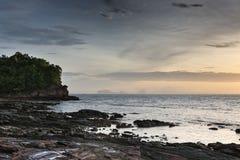 Gryning på ön av Koh Lanta thai Royaltyfria Bilder