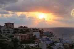 Gryning på ön av Kreta royaltyfria bilder