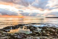 Gryning på Blacket Sea i Sozopol, Bulgarien Royaltyfri Fotografi