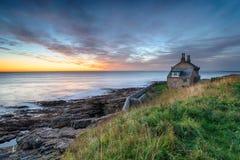 Gryning på Howick i Northumberland arkivbilder