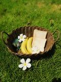 Grzanka i banan jesteśmy twój przyjacielem zdjęcia royalty free
