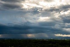 grzmot burzy nieba Podeszczowe chmury zdjęcie stock