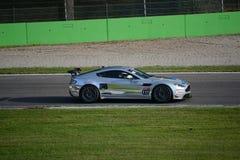 GT 4 Europese Reeks Aston Martin Vantage in Monza Stock Foto's