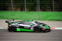 GT italiana ahueca el ¡n de Lamborghini Huracà que compite con en Monza Fotografía de archivo