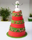 Gâteau de bonhomme de neige Photographie stock