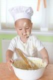 Gâteau de cuisson Photographie stock