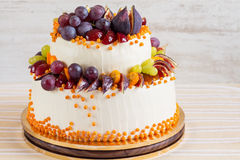 Gâteau de mariage d'automne Photo libre de droits