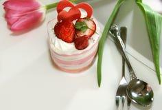 Gâteau pour l'amour Photos libres de droits