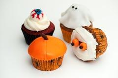 Gâteaux de tasse de Halloween Photographie stock libre de droits