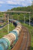 Güterzug auf Eisenbahn Russische Eisenbahnen ist eine von drei bedeutenden Eisenbahngesellschaften in der Welt Lizenzfreies Stockbild