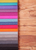 Guía de la paleta de colores para el interior en la tabla de madera Imágenes de archivo libres de regalías