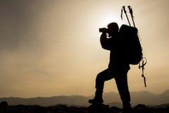 Guía del alpinismo fotos de archivo