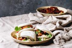 Gua bao babeczki z wieprzowiną obrazy stock
