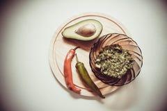 Guacamole épicé images libres de droits