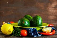 Guacamole-Bestandteile lizenzfreie stockfotos