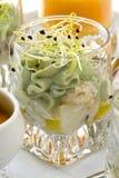 Guacamole com scallops. Fotos de Stock