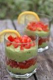 Guacamole in den Gläsern Stockfotografie