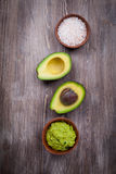 Guacamole met avocado royalty-vrije stock foto
