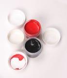 Guache branco, preto, vermelho Fotos de Stock