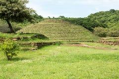 Guachimontones om Piramides stock foto