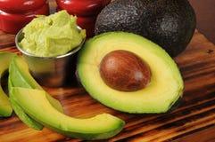 Guacomole mit Avocado Lizenzfreies Stockfoto