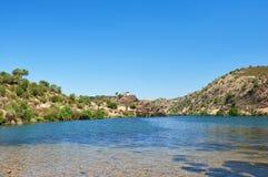 Guadiana rzeka blisko Azenhas Baixo Alentejo, Portugalia Obrazy Stock