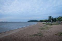 Guaiba河海滩在Ipanema -阿雷格里港,南里奥格兰德州,巴西 库存照片