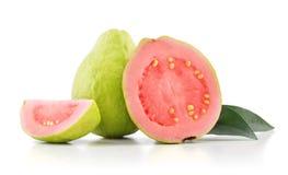 Guajava-Frucht mit Blättern lizenzfreies stockfoto