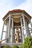 guan statyyin Tro buddhism royaltyfri fotografi