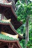 Guan Yin pagod på stället av Tiger Cave Temple (Wat Tham Suea) K Arkivbilder