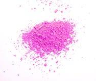Guance ed occhio di trucco Polvere cosmetica rosa su fondo bianco Immagini Stock