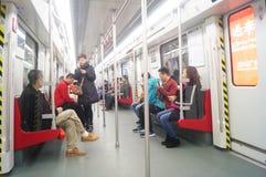 Guangzhou, China: transporte de los coches de subterráneo imagen de archivo libre de regalías