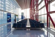 GUANGZHOU KINA - DECEMBER 2016: Guangzhou Baiyun internationell flygplats royaltyfria foton