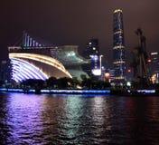 Guangzhou Kina nattsikt från Pearlet River Arkivbilder