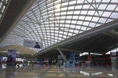 Guangzhou södra järnvägsstation i Kina Arkivbild