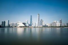 Guangzhou-Skyline in der Tageszeit stockfoto